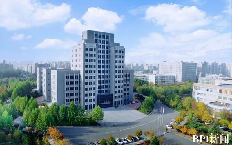 """北京电子科技职业学院""""三四三""""模式走出""""青马""""学党史的职教范式"""